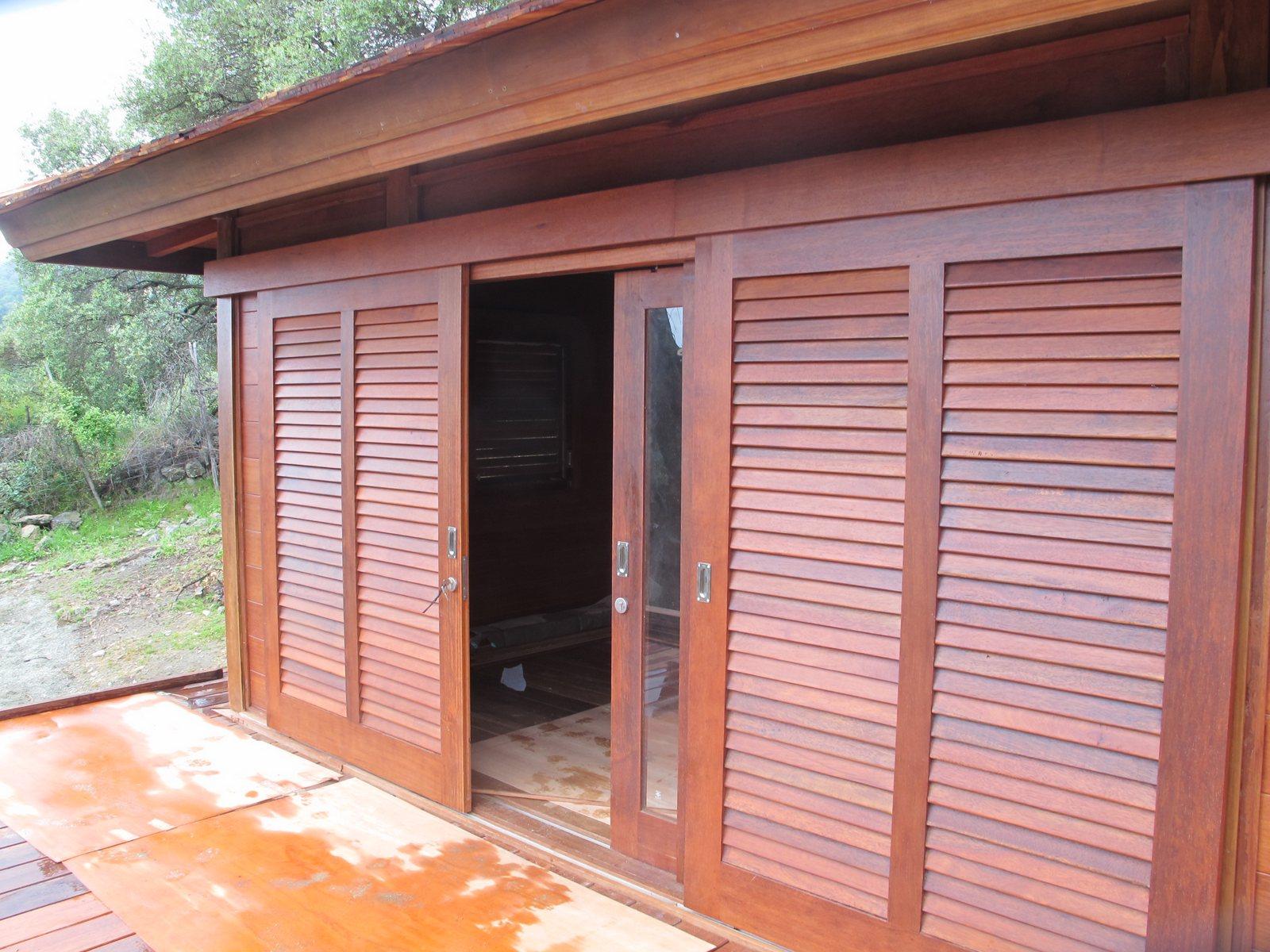cottage bungalows pavillons bois en kit avec mobiteck fabricant maisons bois. Black Bedroom Furniture Sets. Home Design Ideas