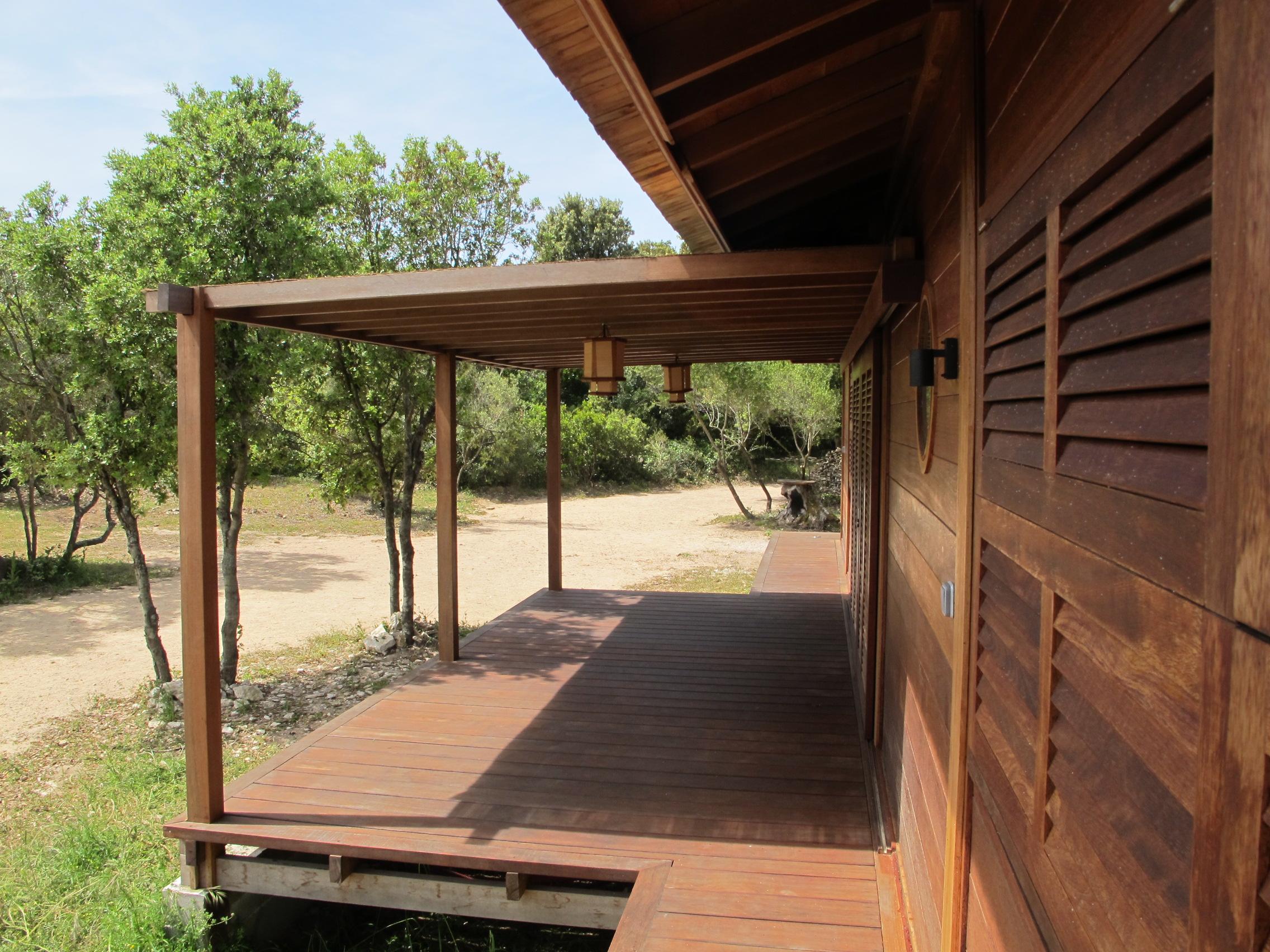 Villa construction bois avec mobiteck maison bois massif for Autoconstruction maison bois
